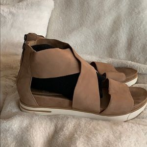 Eileen Fisher 8 nubuck suede with blemish